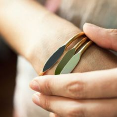 Bracelet Jonc Sauge / Garnett / Sage / Les inutiles
