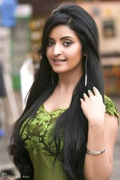 Pori moni in advertisement 4 Girls With Black Hair, Hair Color For Black Hair, Tribal Belly Dance, Indian Beauty Saree, Girls Dpz, Indian Girls, Beautiful Actresses, Face And Body, Hair Beauty