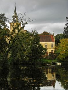 What a beautiful place (and photo) - Højriis Slot (Castle), Nykobing Mors, Denmark