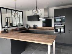 Kitchen Interior, Kitchen Decor, Küchen Design, House Design, Small Kitchen Storage, Interior Decorating, Interior Design, Modern Kitchen Design, Home And Living