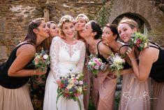 Mariage de Marie et Julien Julien, Bridesmaid Dresses, Wedding Dresses, Marie, Fashion, Skater Bridesmaids Gowns, Dress Ideas, Bridesmade Dresses, Bride Dresses