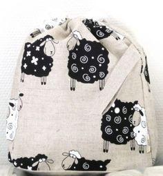 Stor prosjektpose med sauer fra KnitterBag