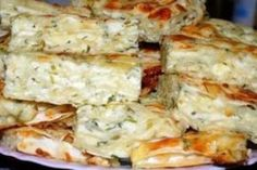 Cheesy Overnight Hashbrown Breakfast Casserole From The Food Charlatan This Cheesy Hashbrown Breakfa Overnight Hashbrown Breakfast Casserole, Breakfast Quiche, Tacos, Russian Recipes, Food For A Crowd, Healthy Dessert Recipes, Healthy Food, Family Meals, Food And Drink
