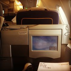 adrientambay Finally ready to take off!! Miami!! First flight in A380, business class looking awesome! Enjoy travelling when it´s like this !! #luckyboy #lufthansa #miami #flying #holidays #seeyoulaterguys :))