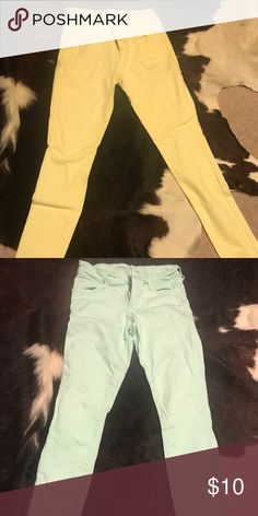 LOT- Old Navy Rockstar pastel pants ! Mint green and pale yellow Old Navy Pants Skinny