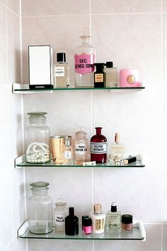 Astounding Diy Ideas: One Floating Shelf Decor white floating shelves hallway.Floating Shelf Over Couch Console Tables floating shelves bathroom with baskets. Glass Shelves In Bathroom, Floating Shelves Bathroom, Rustic Floating Shelves, Glass Bathroom, Bathroom Storage, Open Bathroom, Bathroom Organisation, Bathroom Closet, Mirror Glass