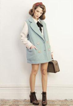 (YES) Contrast Sleeve Coat With Detachable Faux Fur Collar OMGEE I LOVE THIS SOOOOOOO MUCH <3 <3 <3