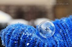 Frozen Bubbles ~ Winter science experiment.  Lots of tips and tricks for how to create frozen bubbles.