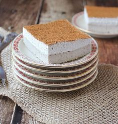 Check out these delicious Sugar-Free Cake Recipes perfect for diabetics and people on a restricted diet. Enjoy all the flavor without the sugar. Diabetic Birthday Cakes, Diabetic Cake, Diabetic Desserts, Delicious Desserts, Dessert Recipes, Diabetic Recipes, Cake Recipes, Diabetic Foods, Healthy Recipes