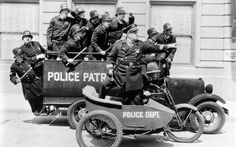Google Image Result for http://www.wallpapersonly.net/wallpapers/vintage-police-department-1920x1200.jpg