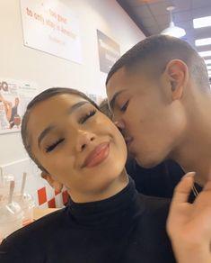 Cute Black Couples, Black Couples Goals, Cute Couples Goals, Couple Goals Relationships, Relationship Goals Pictures, Couple Relationship, Relationship Quotes, Calin Couple, Couple Noir
