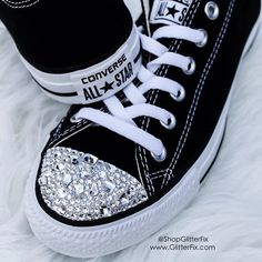 Brand new Customized Converse adorned with hand-set Swarovski Crystals in different shapes and sizes. So pretty! - Comes in original Converse box F. Converse All Star, Cute Converse, Glitter Converse, Glitter Shoes, Converse Sneakers, Vans, Glitter Gel, Bling Shoes, Prom Shoes