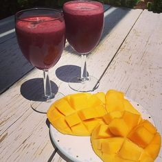 """Afternoon snack #mango #beet #lemon #ginger #orange #juice"""