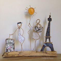 Figurine en ficelle de kraft armé et papier Bienvenue à Paris ! Mère et fille, réunies pour la découverte de la capitale et de ses trésors ! De la Tour Eiffel aux gr - 20870803