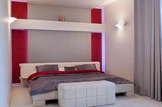 Wnętrze w stylu glamour - wystrój wnętrz w stylu glamour - aranżacja glamour.  Zobacz więcej na www.amarantowestudio.pl Studio, Bed, Furniture, Home Decor, Homemade Home Decor, Decoration Home, Stream Bed, Room Decor, Studios