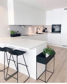 "Modern Kitchen Interior Modern Interior Inspiration ( ""Inspiration: So happy to share you ❤️ Love from ❤️ ______________…"" - Interior Modern, Modern Kitchen Interiors, Contemporary Kitchen Design, Home Decor Kitchen, Interior Design Kitchen, Home Design, Design Ideas, Kitchen Ideas, White Interiors"