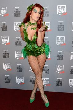 The Best Halloween 2017 Celebrity Costumes - Rita Ora as Poison Ivy from You can find Poison ivy cos. Poison Ivy Cosplay, Posion Ivy Costume, Poison Ivy Kostüm, Poison Ivy Halloween Costume, Barbie Halloween Costume, Best Celebrity Halloween Costumes, Halloween Cosplay, Halloween Outfits, Halloween 2017