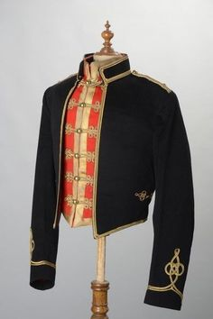 14th / 20th Kings Hussars Officer s 1960s Savile Row Mess Jacket & Waistcoat HUV