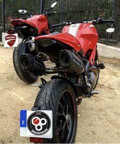 Yamaha Bikes, Ducati Motorcycles, Cars And Motorcycles, Ducati Monster 821, Super Bikes, Bike Stuff, Custom Bikes, Bikers, Quad