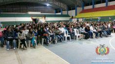 Ante un auditorio llego con más de 950 alumnos el Ministro de Economía y Finanzas Públicas expuso el Modelo Económico Social Comunitario y Productivo de Bolivia