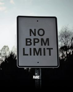 Saturday: No BPM Limit! 🕺💀 Rave Quotes, Dj Quotes, Music Quotes, Chill Quotes, Qoutes, Minimal Techno, Trance Music, Dj Music, Acid House