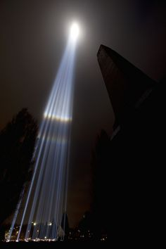 Ryoji Ikeda's Spectralight installation, shooting search lights 15kms into the sky above Hobart, as part of MONA's Beam In Thin...
