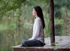 We all have to deal with stress from either work or school. You can't close your eyes to make it go away but you can find peace so you can deal with it. One technique that can offer this is called Zen meditation. Zen meditation is Meditation Apps, Meditation For Beginners, Meditation Benefits, Meditation Techniques, Meditation Practices, Vipassana Meditation, Spiritual Meditation, Breathing Techniques, Meditation Quotes