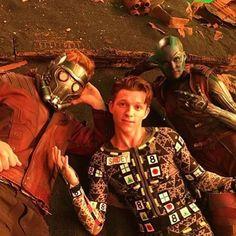 Post filming @prattprattpratt @karengillanoffical @tomholland2013 #avengersinfinitywar