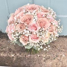 Day 47 of A bouquet a day classic pink and white hand tied bouquet #roses #gyp #babiesbreath #realwedding #weddinginspo #weddingfloral #weddingflowers #weddingfashion #pinkflowers #loveflowers