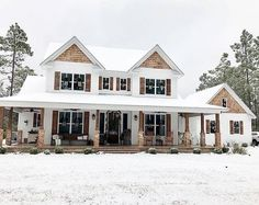 Porch House Plans, Country House Plans, Dream House Plans, My Dream Home, Country Houses, White House Plans, Dream Homes, White Farm Houses, House In The Country
