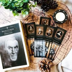 Who loves gothic fiction as much as I do? I've designed these printable bookmarks for all fans of classic horror and gothic literature. Featuring some of the best horror authors: Edgar Allan Poe, Bram Stoker, Mary Shelley, H.P. Lovecraft and Ann Radcliffe. Who's your favourite gothic/horror author? Classic Novels To Read, Classic Literature, Classic Books, Printable Bookmarks, Bram Stoker's Dracula, Literature Quotes, Mary Shelley, Horror Books, Best Horrors