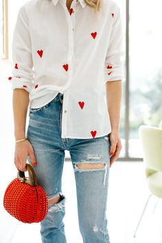 simple casual valentine's day outfit for your inspiration page 19 Valentine Outfits For Women, Valentines Outfits, Valentine's Day Outfit, Outfit Of The Day, Beautiful Outfits, Cute Outfits, Heart Shirt, T Shirt And Jeans, Mode Style