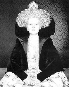 Vivienne Westwood. ☀