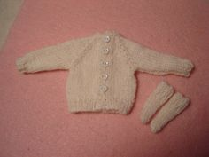 White Wool Cardigan and Socks for Pullip Blythe by DollyDressUp