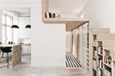 Usually the sight of a micro-apartment sends us into a rhapsody over full-size range ovens and beds that never leave the floor. But now that we've spotted th...