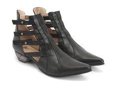 Fluevog Shoes | Shop | Bekkie (Black)
