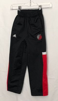 Boys UnderArmour Black//Red DoubleLogo Storm Water Resistant Athletic Pants New!