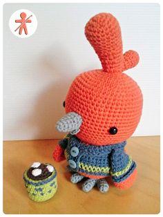 Crocheted by AmgurumisFanClub!!! Pattern: http://www.ravelry.com/patterns/library/little-bird-12