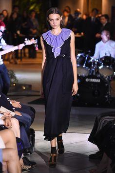 フィラージュ、日本の新ウィメンズブランドローンチ - 17年春夏は質感での遊びをキーワードに - ファッションプレス Formal Dresses, Fashion, Dresses For Formal, Moda, Formal Gowns, Fashion Styles, Formal Dress, Gowns, Fashion Illustrations