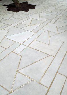 "Gold and concrete floor! Martin Boyce, ""We Are Still And Reflective"", skulptur projekte muenster 07 Floor Design, Tile Design, House Design, Concrete Cement, Concrete Floors, Terrazzo Flooring, Screed Floors, Foyer Flooring, Ceramic Flooring"
