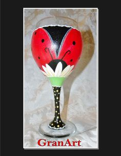 Ladybug Wine Glass Red Hand Painted Wine Glass Ladybird by GranArt Diy Wine Glasses, Decorated Wine Glasses, Hand Painted Wine Glasses, Wine Glass Crafts, Wine Craft, Wine Bottle Crafts, Vases, Pots, Bottle Painting