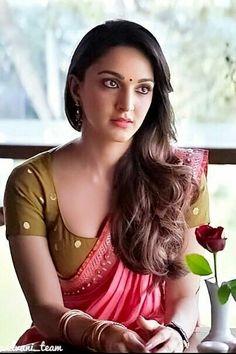 Indian Girl Mouryaani Navel Hip Show In Red Lehenga Choli Most Beautiful Bollywood Actress, Indian Bollywood Actress, Bollywood Girls, Beautiful Actresses, Bollywood Fashion, Bollywood Saree, Beautiful Celebrities, Cute Beauty, Beauty Full Girl