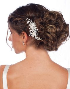 Bridal Accessories Outlet - Classic Pearl Hair Comb ~ M2222S, $46.00 (http://www.bridalaccessoriesoutlet.com/classic-pearl-hair-comb-m2222s/)