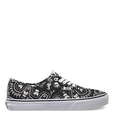395eae37b3 VANS AUTHENTIC (STAR WARS) STORMTROOPER BANDANA