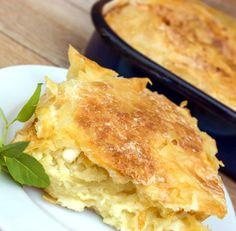 Οι καλύτερες πίτες της ζωής σου! Έχουμε τις συνταγές | The Dot Salty Tart, Greek Recipes, Starters, Apple Pie, Cornbread, Lasagna, Food Inspiration, Macaroni And Cheese, Low Carb