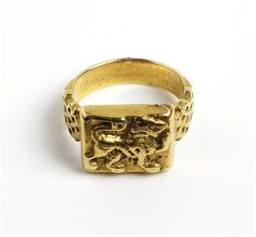 Ring    Place of origin:  Sicily, Italy     Date:  1100-1200 (made)