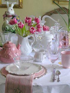 pretty pink and white scheme