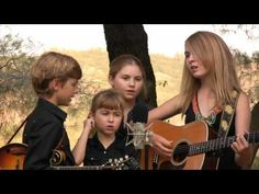 ▶ Anderson Family Bluegrass - Get Down On Your Knees and Pray - YouTube