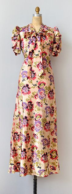 Vintage late 1930s silk floral dress | Romancing Lisbeth Dress http://www.adoredvintage.com/index.php?main_page=product_info=2_id=554