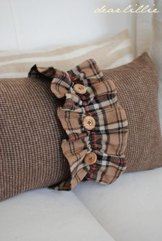 Ruffled Burlap Pillow sleeve
